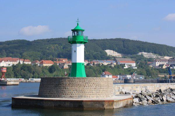 Leuchtturm von Sassnitz auf der Insel Rügen an der Ostsee.