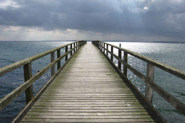 Seebrücke von Sassnitz auf der Insel Rügen.
